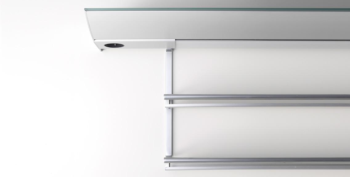 unterbauleuchte mit steckdose gera leuchten und lichtsysteme. Black Bedroom Furniture Sets. Home Design Ideas